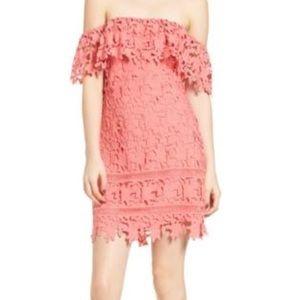 ASTR the brand off shoulder lace dress